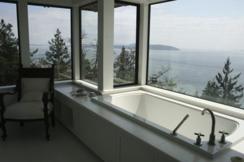 bathtub West Coast Luxury Home on Pender Island built by Dave Dandeneau of Gulf Islands Artisan Homes