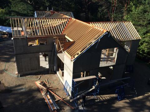 Roof Structure of a Contemporary West Coast House by Dave Dandeneau of Gulf Islands Artisan Homes